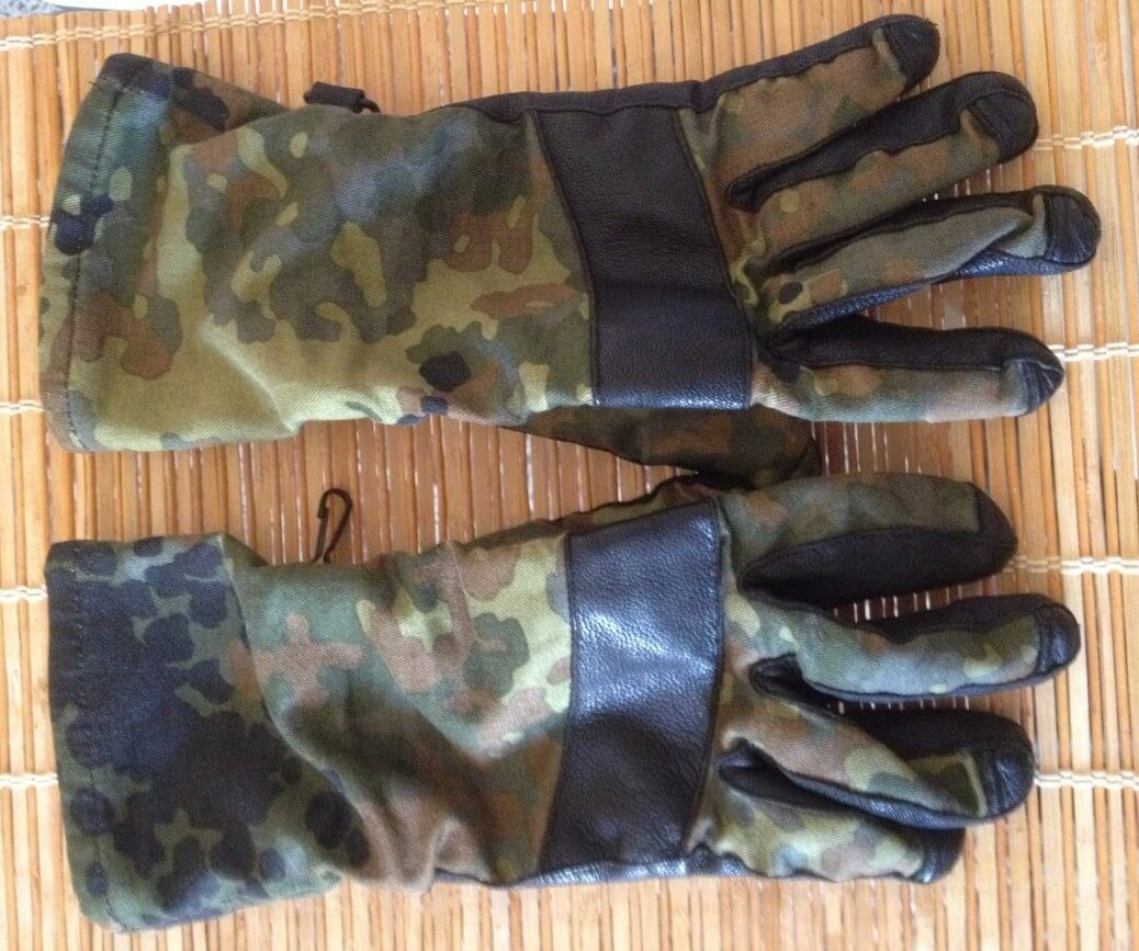 German Army flecktarn gloves - Back side